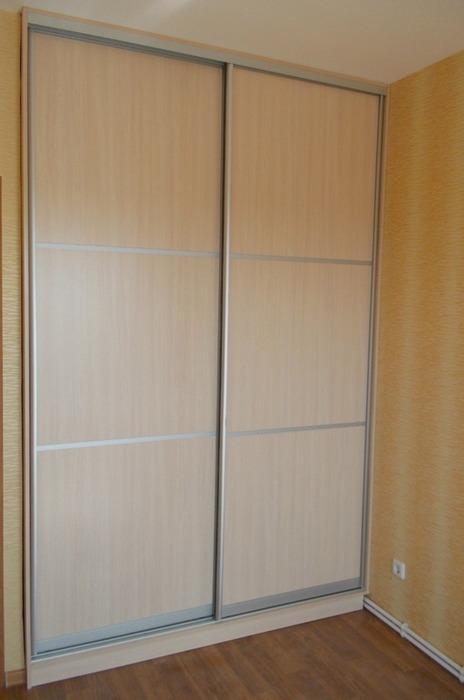 Встроенные шкафы-купе-Шкаф-купе из ЛДСП «Модель 78»-фото1