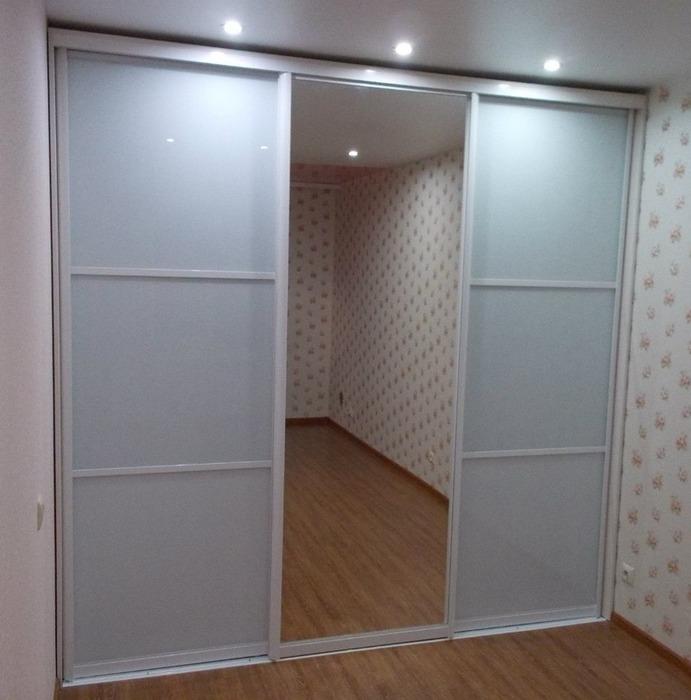 Белые шкафы-купе-Шкаф-купе с зеркалом «Модель 91»-фото1