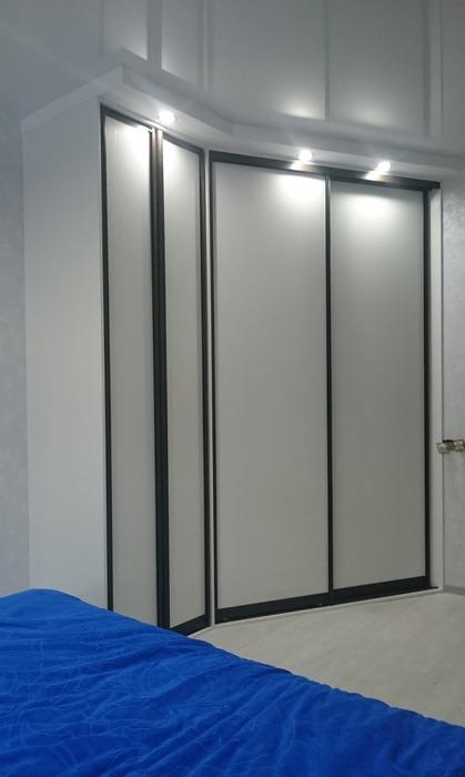 Белые шкафы-купе-Угловой шкаф-купе «Модель 214»-фото1
