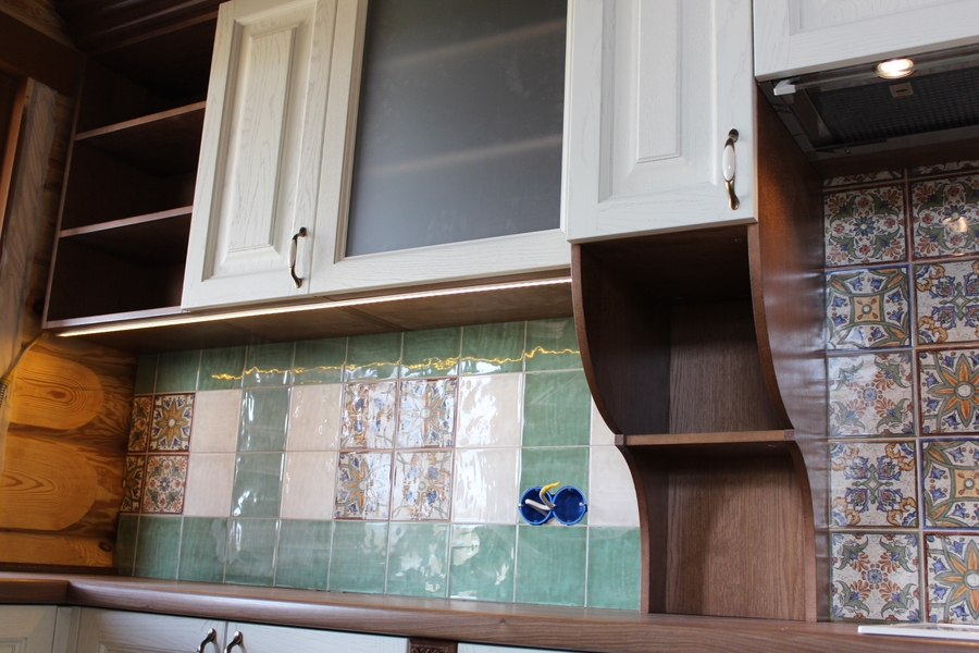 Белый кухонный гарнитур-Кухня из массива «Модель 40»-фото7