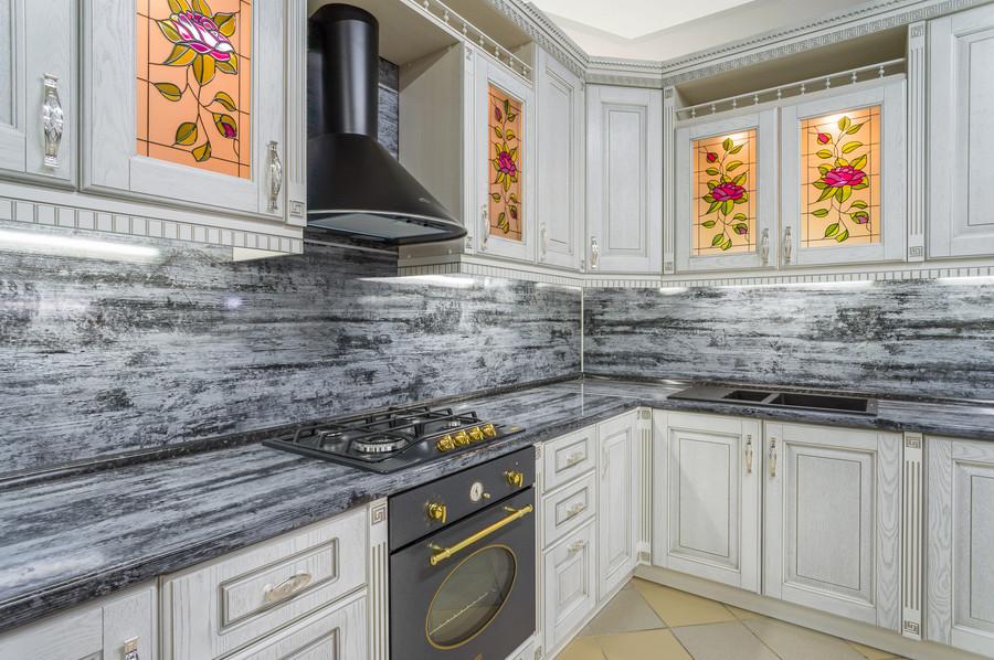 Белый кухонный гарнитур-Кухня МДФ в эмали «Модель 47»-фото3