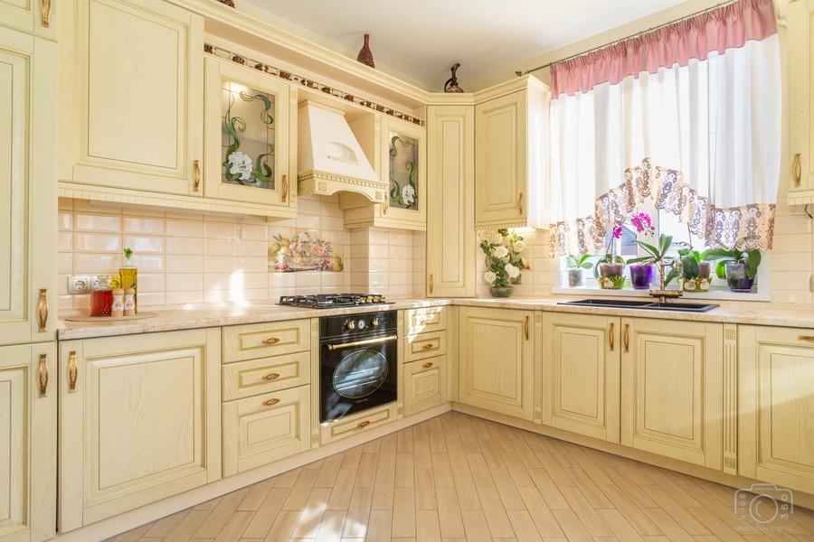 Белый кухонный гарнитур-Кухня из шпона «Модель 3»-фото3