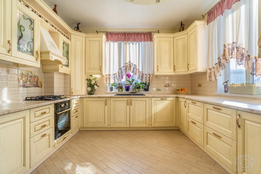 Бежевые кухни-Кухня из шпона «Модель 3»-фото2