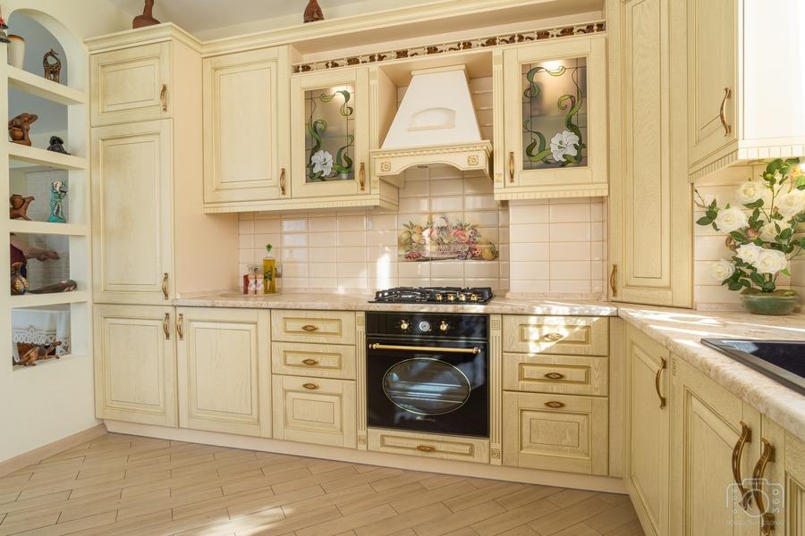 Белый кухонный гарнитур-Кухня из шпона «Модель 3»-фото5
