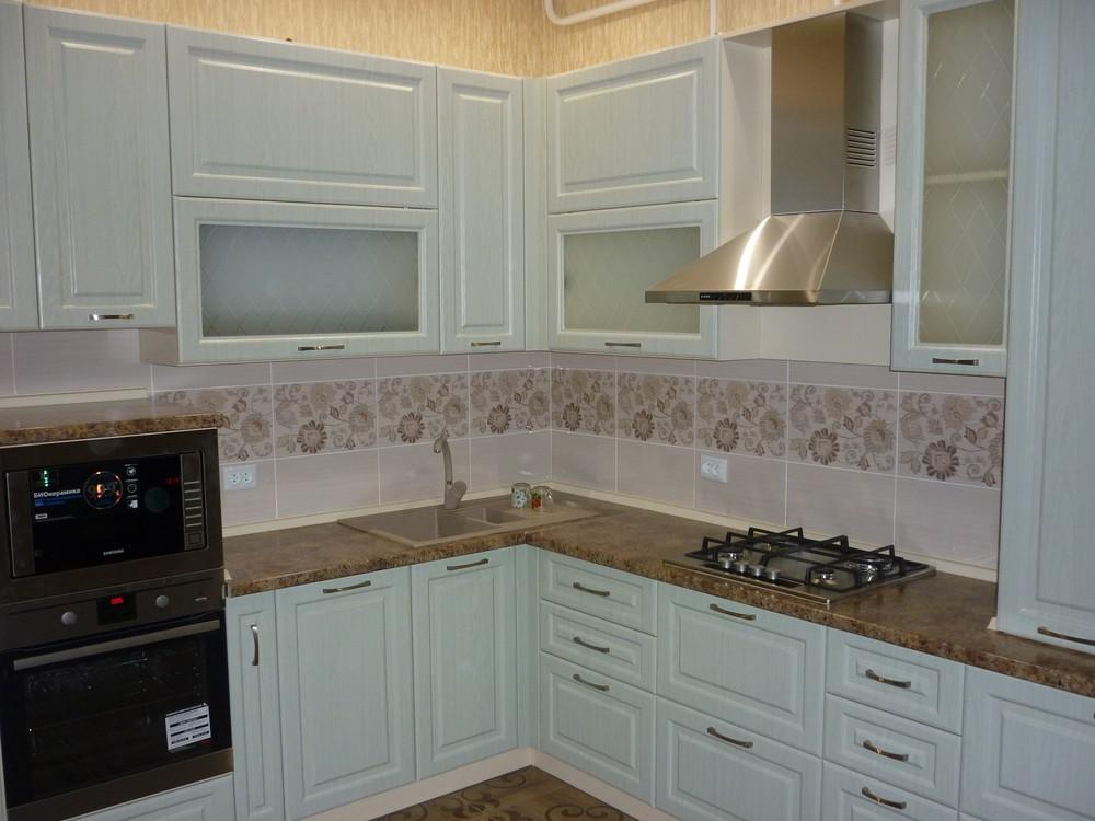 Белый кухонный гарнитур-Кухня МДФ в ПВХ «Модель 306»-фото1