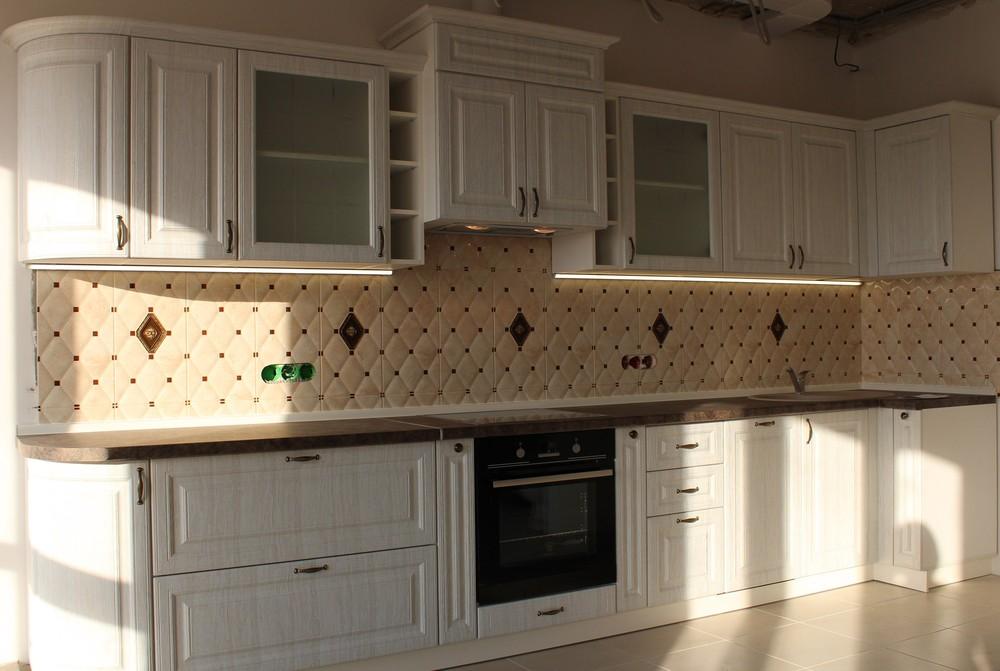 Белый кухонный гарнитур-Кухня МДФ в ПВХ «Модель 292»-фото2