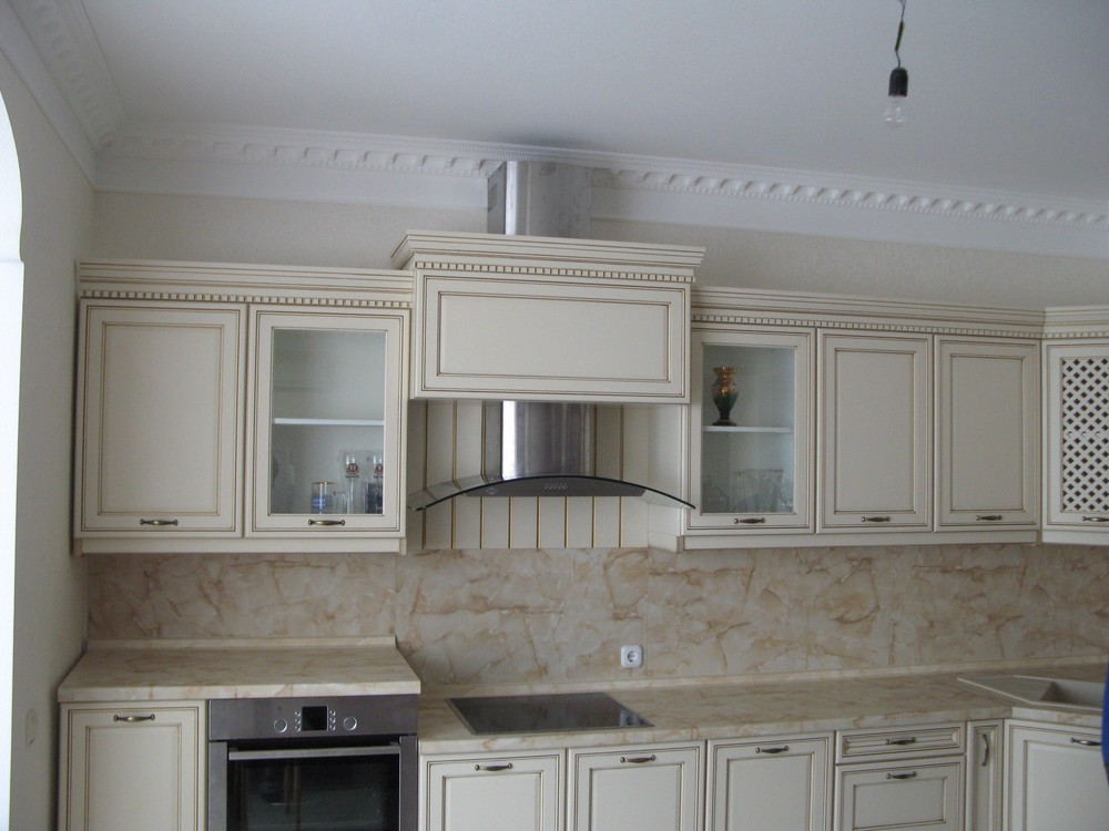 Белый кухонный гарнитур-Кухня из массива «Модель 244»-фото1