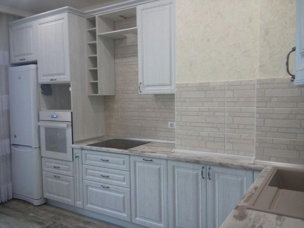 Белый кухонный гарнитур-Кухня МДФ в ПВХ «Модель 224»-фото1