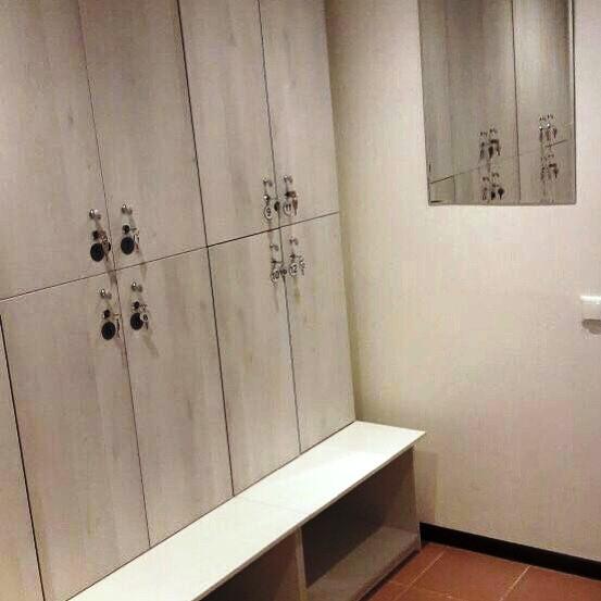 Торговая мебель-Шкафчики для раздевалки «Модель 159»-фото2