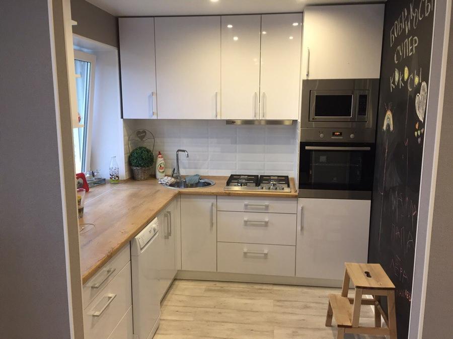 Белый кухонный гарнитур-Кухня из пластика «Модель 385»-фото1