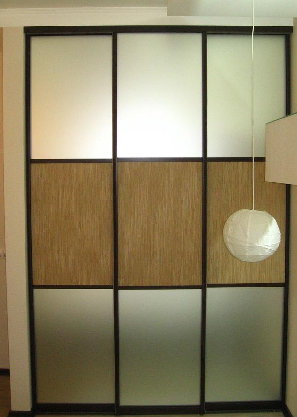 Бельевой шкаф-купе-Шкаф-купе с зеркалом «Модель 435»-фото1