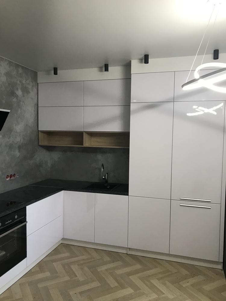 Белый кухонный гарнитур-Кухня МДФ в ПВХ «Модель 550»-фото1