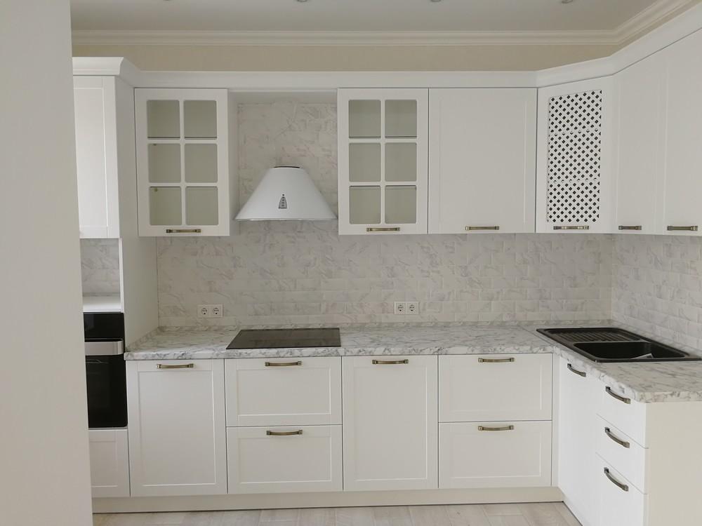 Белый кухонный гарнитур-Кухня МДФ в ПВХ «Модель 522»-фото2