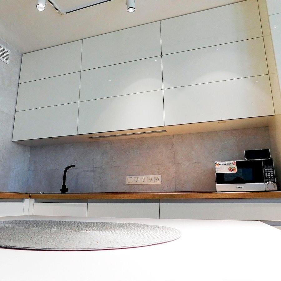 Белый кухонный гарнитур-Кухня МДФ в эмали «Модель 593»-фото3