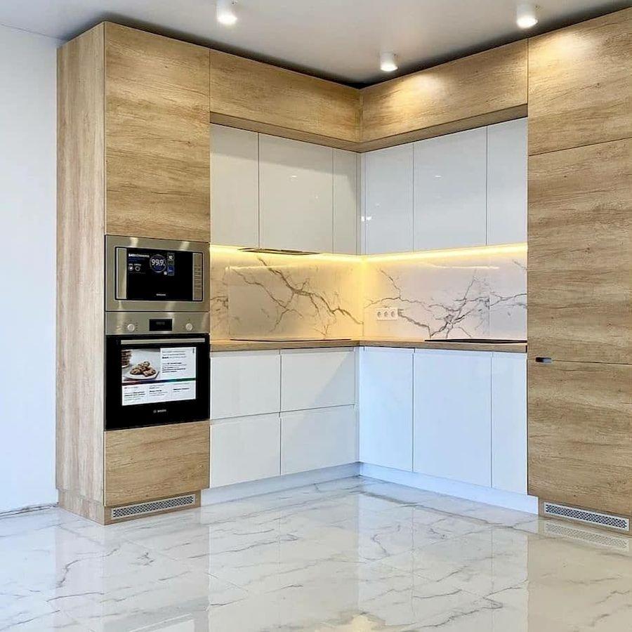Белый кухонный гарнитур-Кухня из пластика «Модель 682»-фото1