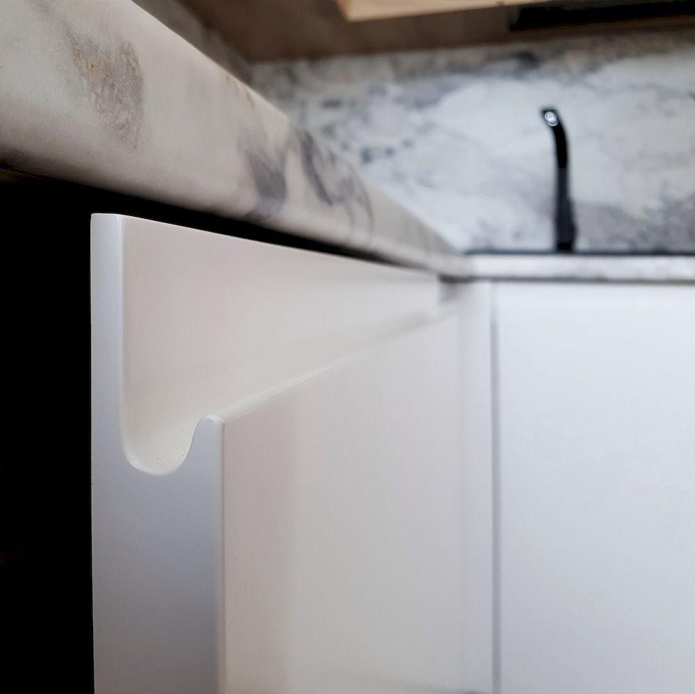 Белый кухонный гарнитур-Кухня МДФ в эмали «Модель 526»-фото8