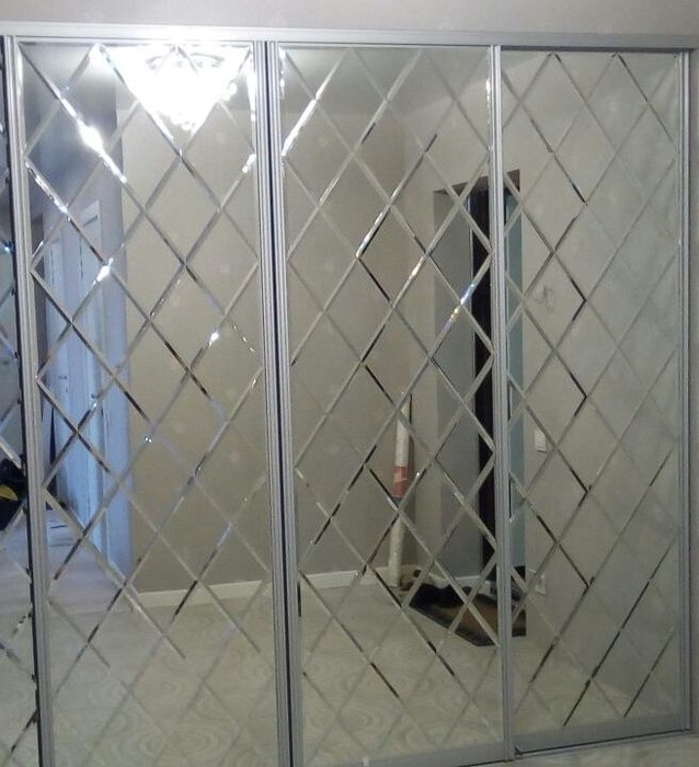 Большой шкаф-купе-Шкаф-купе с зеркалом «Модель 28»-фото2