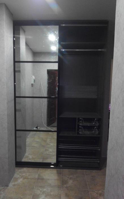 Встроенные шкафы-купе-Шкаф-купе с зеркалом «Модель 58»-фото1