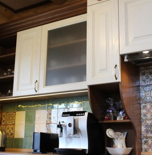 Белый кухонный гарнитур-Кухня из массива «Модель 40»-фото9