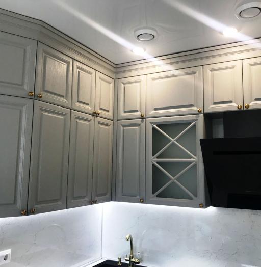 Классические кухни-Кухня МДФ в эмали «Модель 548»-фото3