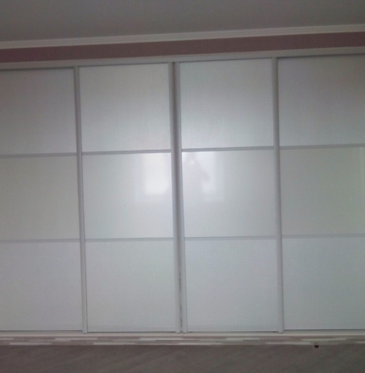 Белые шкафы-купе-Шкаф-купе из стекла Лакобель «Модель 53»-фото4